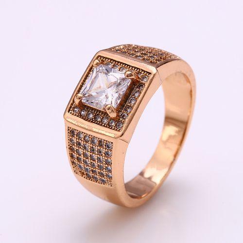 Перстень из медицинского золота