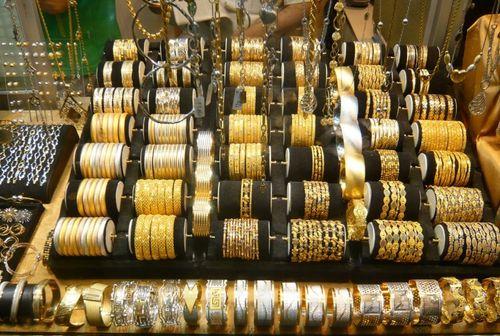 Ассортимент золотых изделий